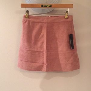 NWT Lulus XS pink suede skirt